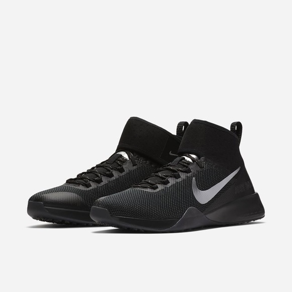 bdd1cbc6918c New Nike Zoom Strong 2 Selfie chrome black. M 5b99d9a44ab6335314ccfd25.  Other Shoes you may like. Running shoes